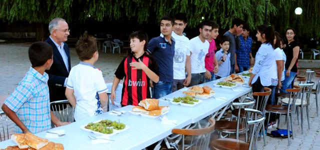 Başkan Aydoğan, sporcuları misafir etti
