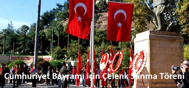 29 Ekim Cumhuriyet Bayramı için Çelenk töreni