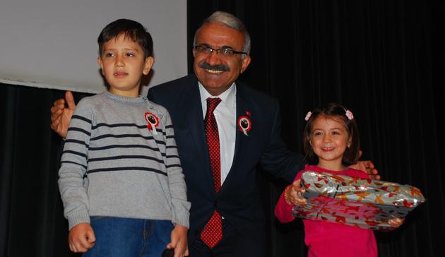 24 Kasım Öğretmenler Günü Kahramanmaraş'ta Törenlerle Kutlandı