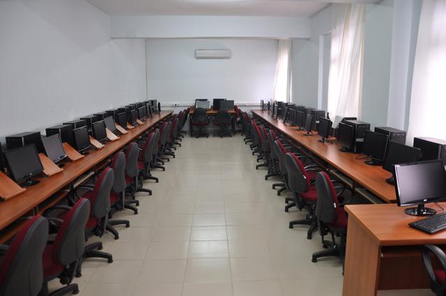 Ticaret ve Sanayi Odası Ticaret Meslek Lisesi'nde F Klavye Kullanımı Kursu