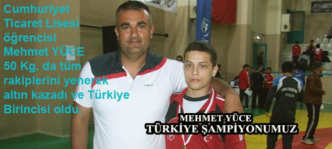 Cumhuriyet Ticaret Meslek Lisesi Pehlivanı Türkiye Şampiyonu Oldu
