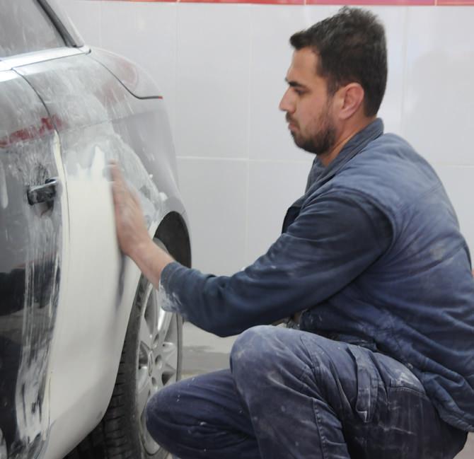 Her araç bakımı mutlaka hak eder sloğanı ile yol çıkan ustalar araçlara her türlü bakımı yapıyor