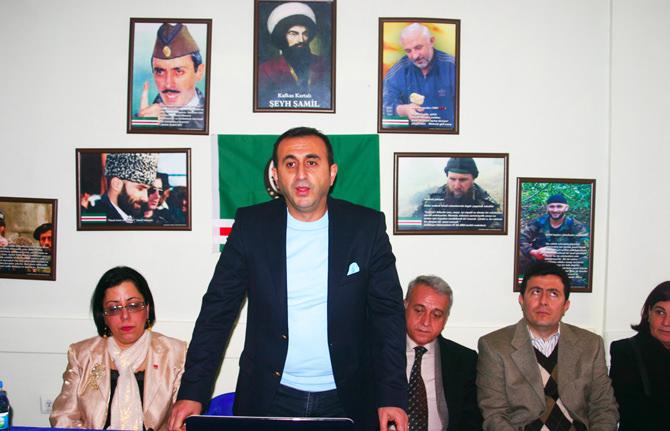 CHP'li Ünal Ateş, Çeçen Kültür Derneğini ziyaret etti