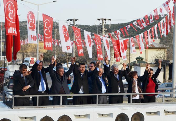 MHP'ye Destek Türkoğlu'nda Çığ Gibi Büyüyor