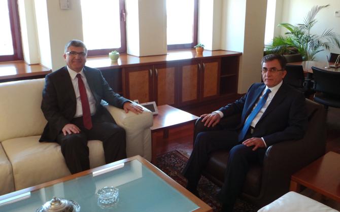 Emniyet Müdürü Aşık'tan Rektör Karaaslan'a veda ziyareti.