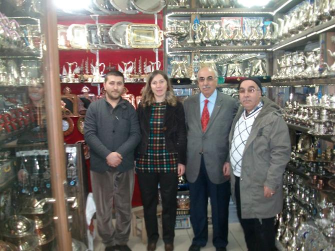 MHP Dulkadiroğlu Adayı Neslihan Koca Nergiz, Kapalı Çarşı Ziyaret Etti