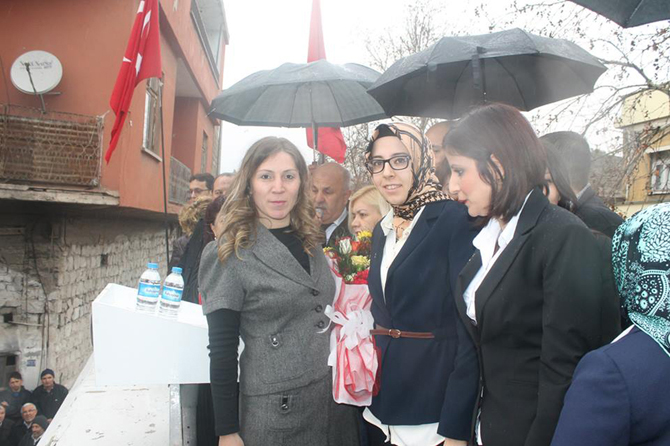 Yağmura Rağmen Binlerce MHP'li Dulkadiroğlu Seçim Bürosu Açılışındaydı
