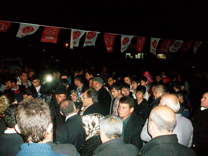 Nergiz'in Her Toplantısı Mitinge Dönüşüyor