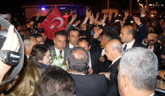 Kahramanmaraşlı MHP'lilerden Bahçeli'ye Binlerce Araçlık Konvoy