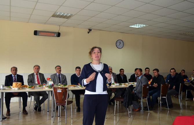 Nergiz; Belediyeyi Aldığımızda Parti Rozetimiz Çıkacak