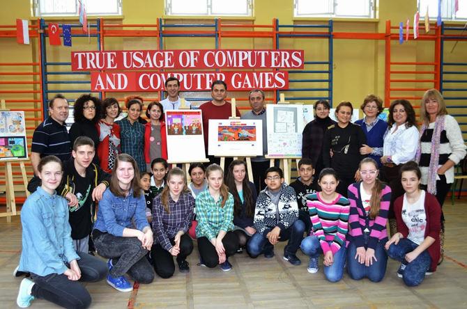 5 Nisan Ortaokulu Öğrenci Ve Öğretmenleri Polonya'dan Döndü