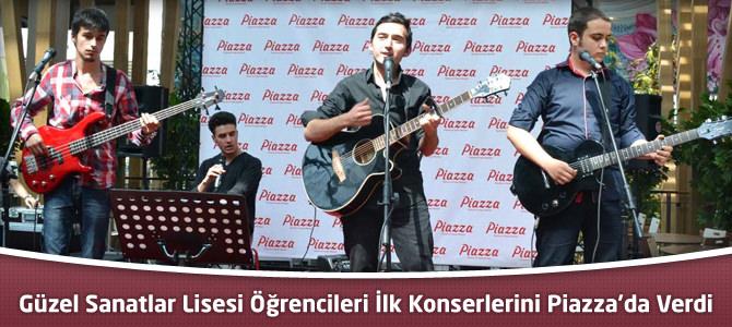 Güzel Sanatlar Lisesi Öğrencileri İlk Konserlerini Piazza'da Verdi