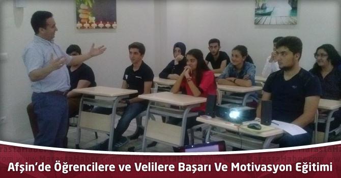 Afşin'de Öğrencilere ve Velilere Başarı Ve Motivasyon Eğitimi