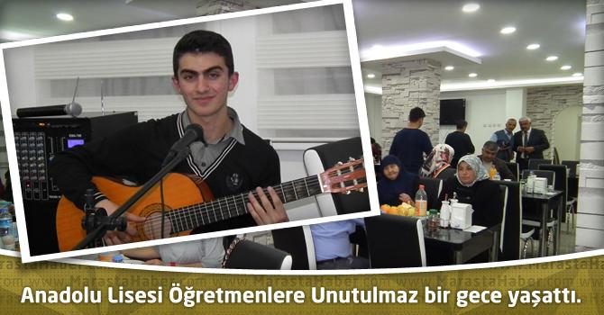 Anadolu Lisesi Öğretmenlere Unutulmaz bir gece yaşattı.