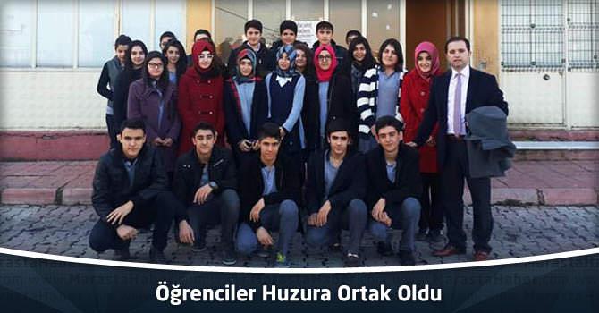 Öğrenciler Huzura Ortak Oldu