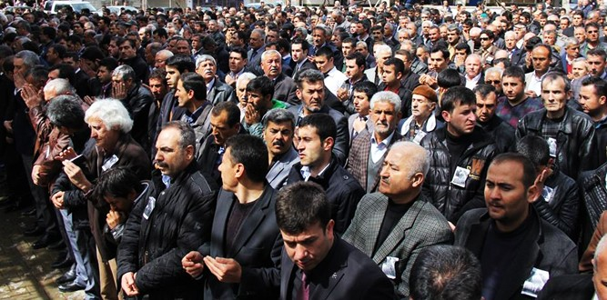 MHP'li Mustafa Paksoy Dualarla Defnedildi