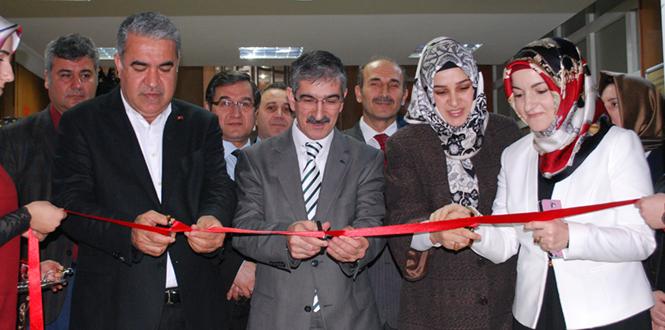 Kahramanmaraş'ta 'Ninemin Çeyizi' Sergisi Açıldı