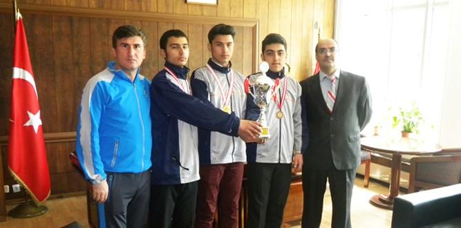Mesleki Ve Teknik Anadolu Lisesi Havalı Tabanca Şampiyonu