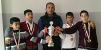 Kahramanmaraş Badminton Şampiyonu Deniz Bitmiş Ortaokulu