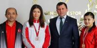 Kahramanmaraşlı Bayan Güreşçilerden Türkiye Şampiyonası'nda İkincilik