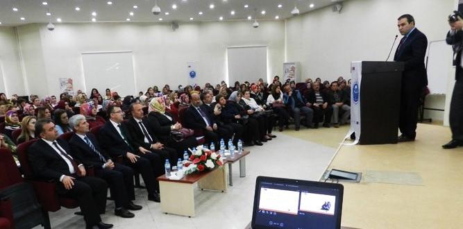 Dijital Öğrenme Ve Öğrenme Fırsatlarına Erişim Semineri Düzenlendi.