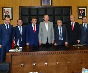 Cumhurbaşkanı Erdoğan Kahramanmaraş Büyükşehir Belediyesi'nde!