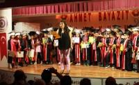 Ahmet Bayazıt İlkokulu'nda Mezuniyet Coşkusu