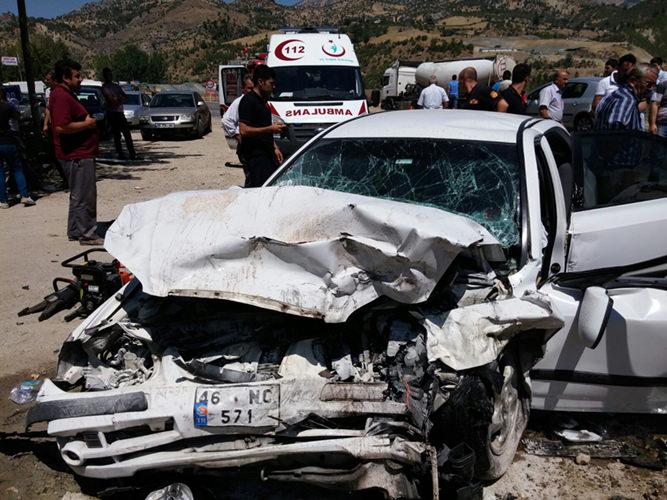 Kahramanmaraş Zincirleme Trafik Kazası (4)