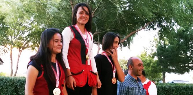 Atıcılık Trapta Safiye Sarıtürk'ten Yeni Rekor
