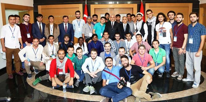 Vali Güvençer 'Damla Projesi' Kapsamında Üniversite Öğrencilerini Kabul Etti