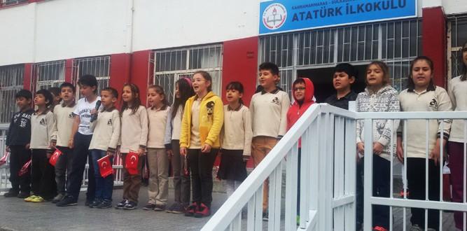 Atatürk İlkokulunda Cumhuriyet Bayramı