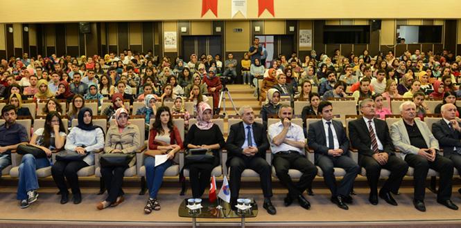 """""""Gençlik Gelişim Akademisi"""" KSÜ'de Start Verdi"""