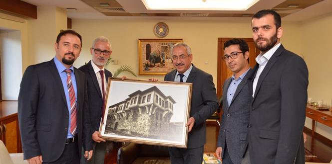 Kahramanmaraş Barosu Başkan ve Üyeleri Rektör Deveci'ye Ziyaret Etti