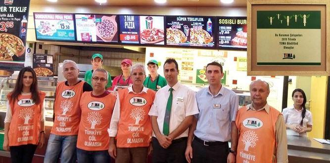 Sbarro Restoran'a TEMA Gönüllülük Belgesi verildi