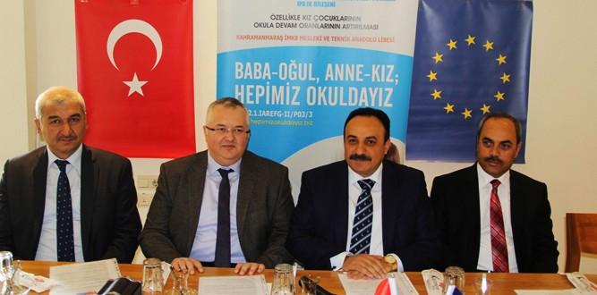 Millî Eğitim Müdürü Mehmet Emin Akkurt'un Basın Toplantısı