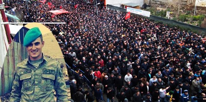 Şehit Mustafa Kalfe'ye Binlerce Kişi Son Görevini yaptı