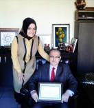 Necati Tarak'a Hizmet Şeref Belgesi Verildi