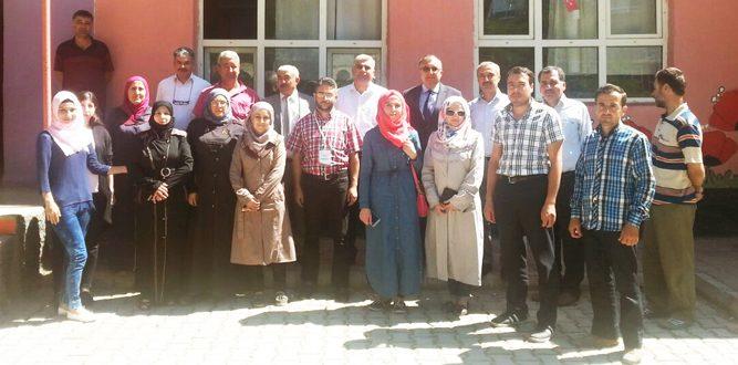 Suriyeli Öğretmenlerin Mahalli Eğitimleri Başladı