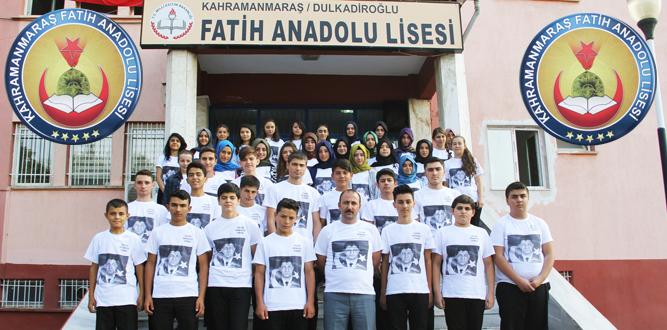 Şehit  Ömer Halisdemir'in Fotoğrafı Tişörtlere nakşedildi