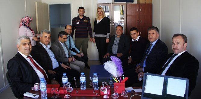 MEM Yöneticileri Konteyner Kent Okullarını Ziyaret Etti