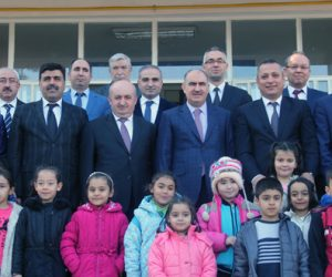 Kahramanmaraş'ta 293 bin30 öğrenci karne sevinci yaşadı