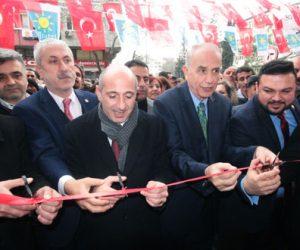 Çiftarslan, CHP Dulkadiroğlu Seçim Ofisi'nin açılışını yaptı.