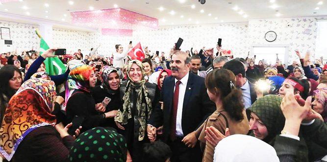 Paksoy'a Muhteşem Sevgi Gösterisi