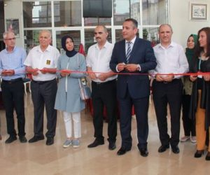 Filiz Arslan Yönetiminde Ahşap Boyama Eserlerin Sergisi Açıldı