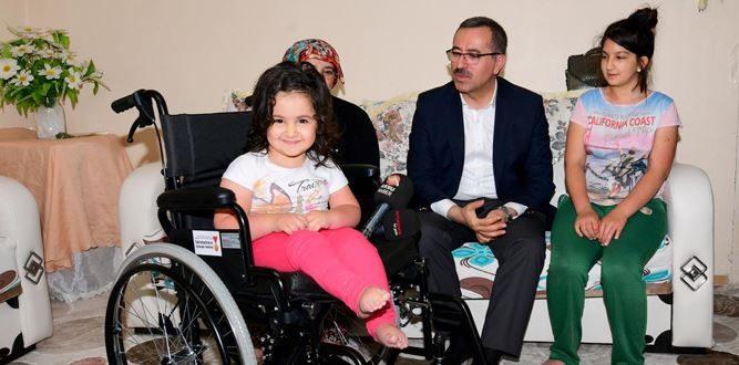 Başkan Güngör'den Elbistan'da 4 adet tekerlekli sandalye