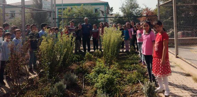 Yaşar Gölcü İlkokulu'nda Hobi Bahçesi