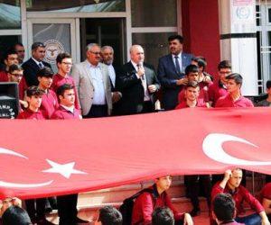 Kahramanmaraş'ta Barış Pınarı Kahramanlarına  fetih süresi ve dualarla destek çıkıldı.