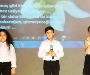 Minik Yüreklerden Bahaettin Karakoç şiir dinletisi