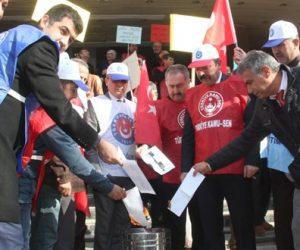 Türk Eğitim Sen Kahramanmaraş 1 No'lu Şube'den Bordro Yakma Eylemi be Basın Açıklaması