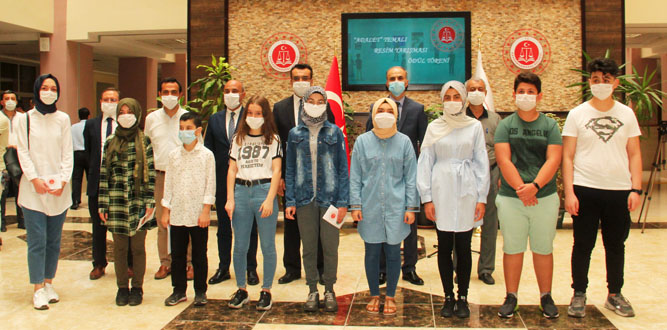 """Kahramanmaraş'ta Adalet"""" temalı resim yarışması sonuçlandı"""